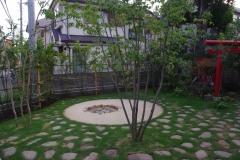 焚火のできる庭(建築資料研究社 庭NIWA No.217 2014冬 掲載)