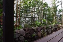 石積みの庭